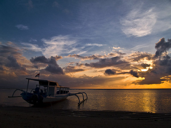 Cloudy sunrise at Sanur...