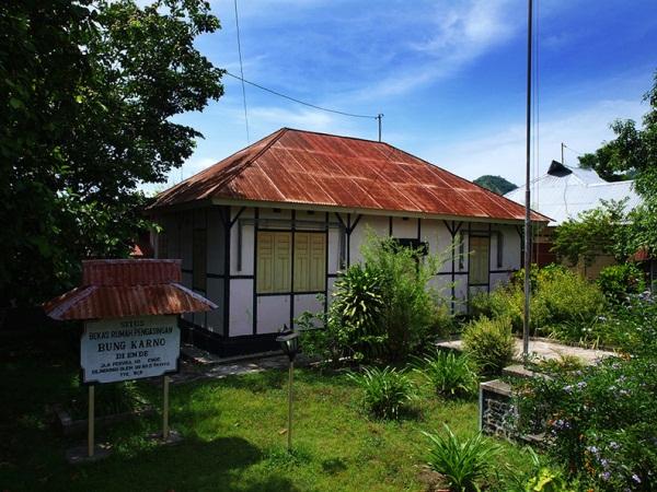 Rumah Soekarno...