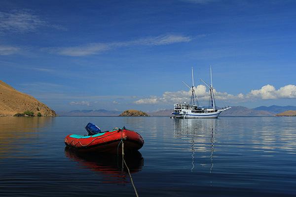 Tranquil morning before dive at Komodo..